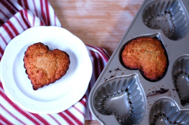 almond loaf heart pan